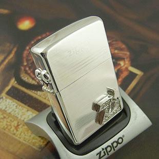 """zippo打火机--zippo贴章镶钻zi字体带手机链(银)"""""""