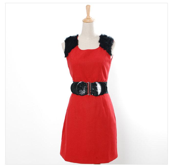 红色裙子搭配腰带图片