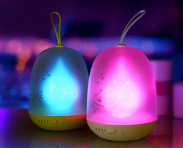 可变色充电小夜灯